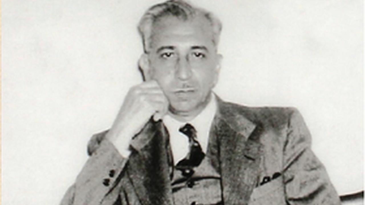 خير الدين الزركلي - قصة حياة خير الدين الزركلي المؤرخ السوري الكبير