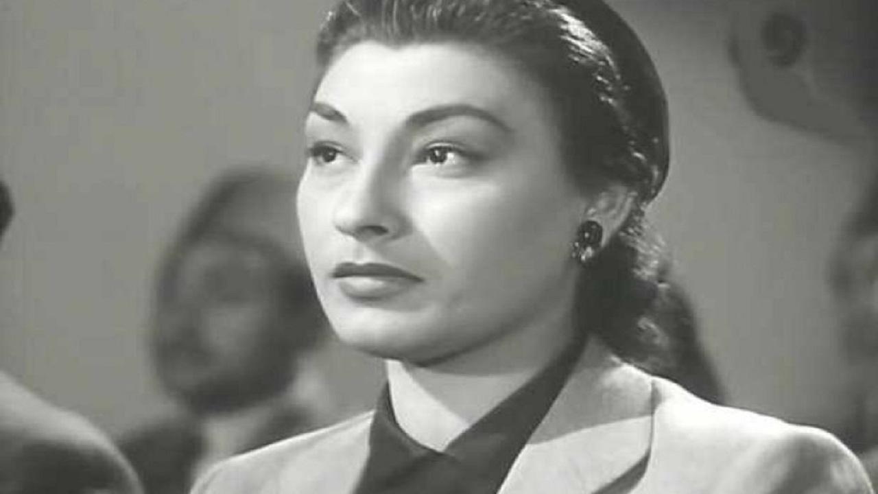 لولا صدقي - قصة حياة لولا صدقي الفتاة اللعوب والمرأة الطامعة في السينما المصرية