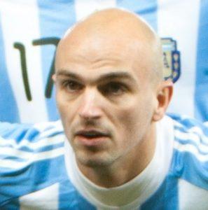 استيفان كامبياسو - قصة حياة استيفان كامبياسو الكوتشو في كرة القدم