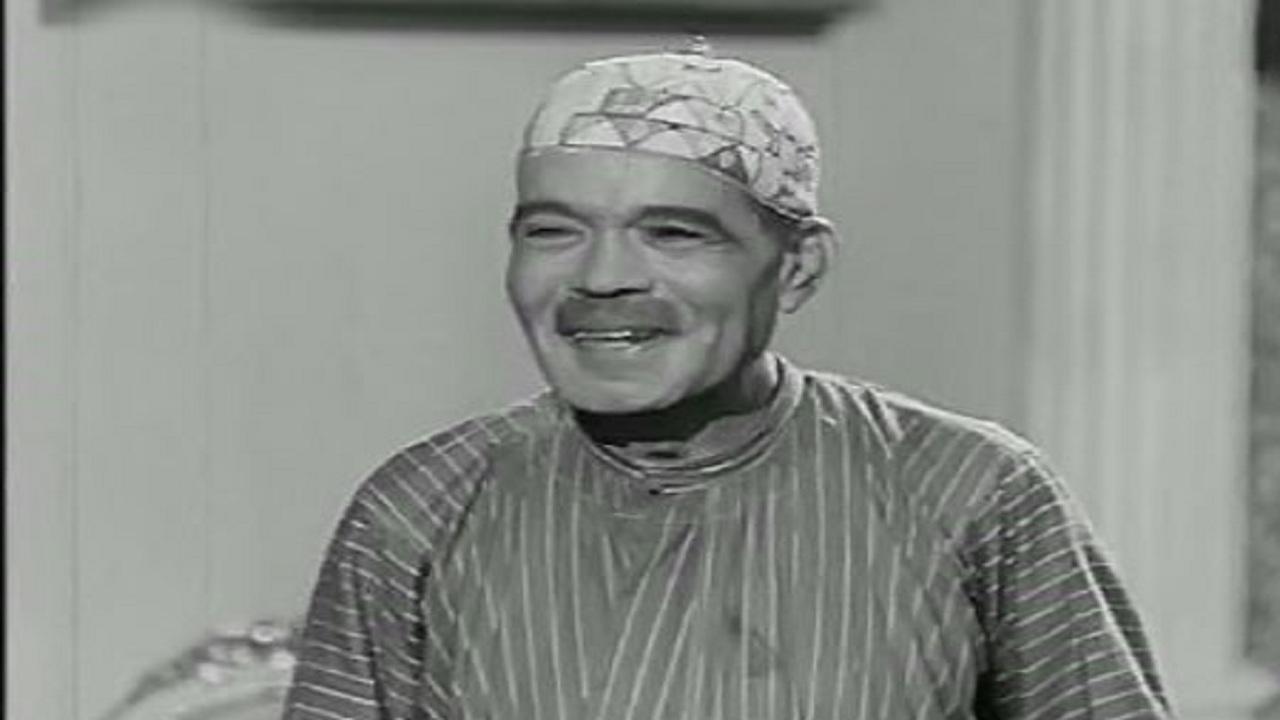 علي الكسار - قصة حياة علي الكسار من أوائل نجوم الكوميديا