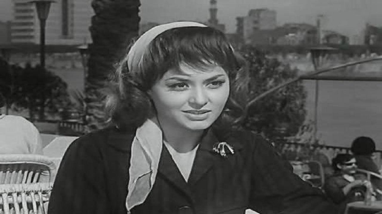 ليلى طاهر - قصة حياة ليلى طاهر الممثلة المصرية القديرة - نجومي