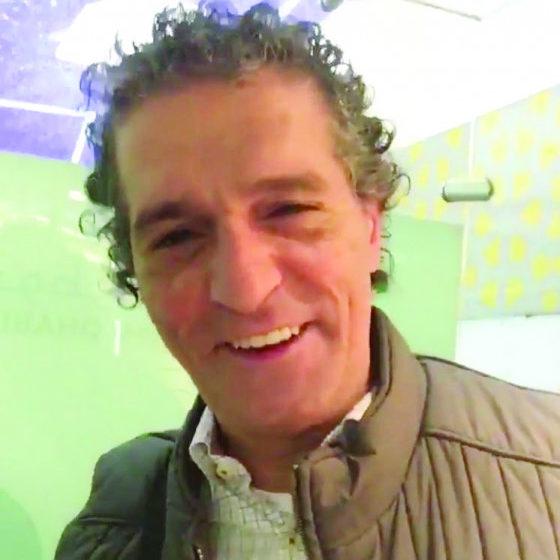 عبد الناصر درويش